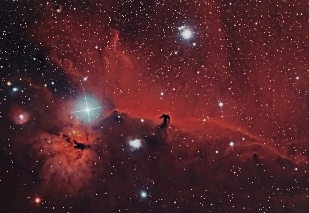 astrophotography image of the Horse Head and Flame Nebula
